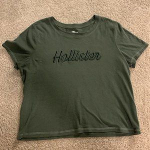 Cropped Hollister Tee